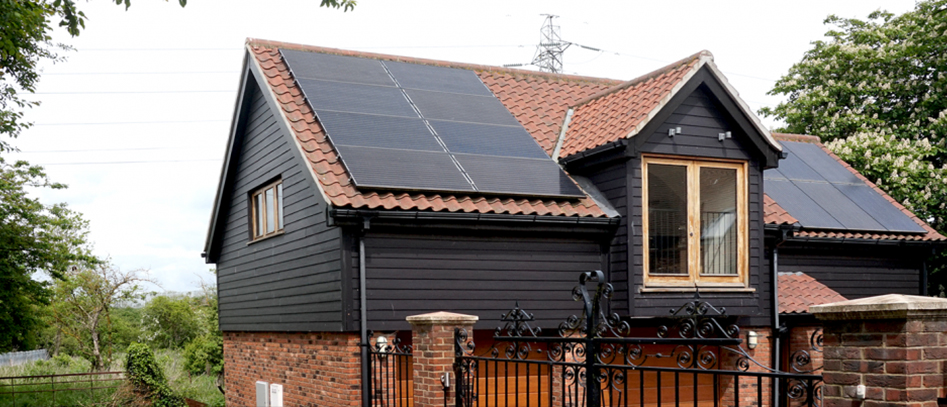 A beautiful looking solar panel installation by Greenscape Energy in Ipswich